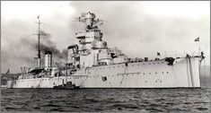 Giovanni delle Bande Nere (Eng: John of the Black Bands) was a light cruiser of Italy Royal Navy belongs to Alberto da Giussano class. Heavy Machine Gun, Machine Guns, Capital Ship, Naval History, Italian Lighting, Navy Ships, Military Equipment, Royal Navy, Battleship