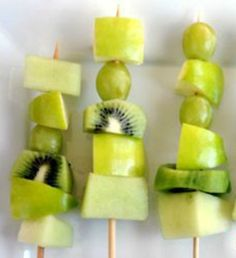 Healthy Green Fruit Kebabs: A fun and nutritious treat for kids (and grown-ups!) this St. Patrick's Day! | via @SparkPeople #food #recipe
