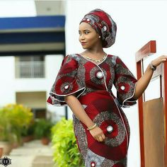 Ankara Styles by Mawuli Photo. Mode Africaine RobeModel Pagne