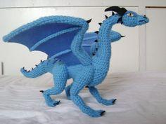 Crochet dragon crochet dragon luind 1 by xxshilowxx on deviantart Cute Crochet, Crochet Crafts, Crochet Dolls, Crochet Yarn, Crochet Projects, Amigurumi Patterns, Crochet Patterns, Crochet Dragon Pattern, Crochet Dinosaur