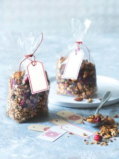 Granola, Christmas Cookies, Advent, Place Cards, Place Card Holders, Diy, Xmas Cookies, Christmas Crack, Bricolage