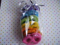 Chocolate covered pretzels – Rainbow!! Cute party favors!!!
