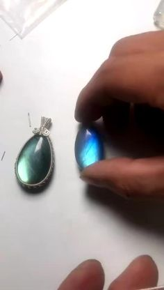Wire Jewelry Designs, Handmade Wire Jewelry, Rustic Jewelry, Copper Jewelry, Wire Wrapped Jewelry, Beaded Jewelry, Jewellery, Diy Jewelry Videos, Diy Jewelry To Sell