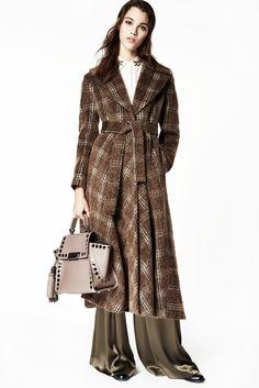 http://www.vogue.com/fashion-shows/fall-2016-ready-to-wear/zac-zac-posen/slideshow/collection