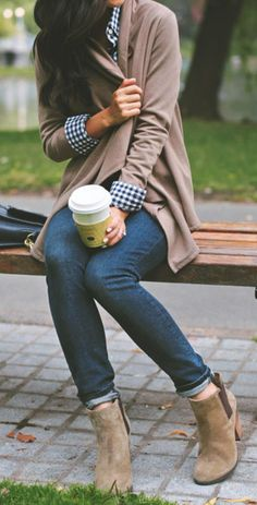 #fall #fashion / casual plaid + cardigan