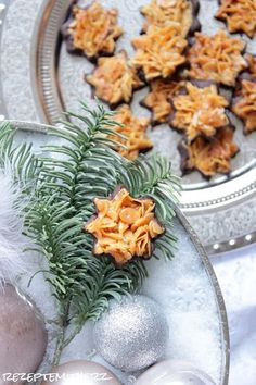 ❤️ Thermomix - Rezepte mit Herz ❤️ Rezeptideen &Co. Christmas Food List, Christmas Baking, Healthy Breakfast For Weight Loss, Healthy Eating Tips, Sweet Bakery, Xmas Cookies, Cookie Gifts, Vegetable Drinks, Winter Food