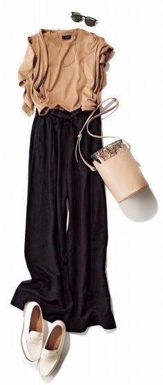 きれいめ「ローファー」コーデ、アラサー女子にぴったりの9スタイル Daily Fashion, Spring Fashion, Fashion Beauty, Autumn Fashion, Fashion Tips For Women, Womens Fashion, Fashion Trends, Warm Outfits, Work Wardrobe