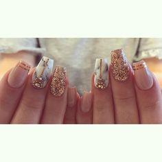 #marblenails #geelikynnet #gelnails #gelenaglar #rakennekynnet #geelilakkaus #gellac #spalotustikk...