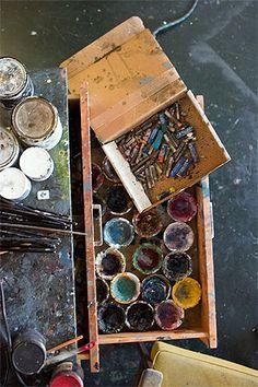 this is a true artists favorite place. Colour palette, reference & inspiration for figurative artists Artist Life, Artist At Work, Architectural Sculpture, My Art Studio, Dream Studio, Studio Ideas, Atelier D Art, Painted Boxes, Palette