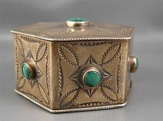 Old Pawn Navajo Sterling Natural Green Turquoise Trinket Jewelry Box
