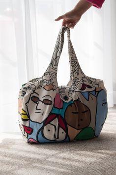 "Weekend-Tasche - Handarbeiten ""aus meim Nahkastl"" Bags, Fashion, Gym Bag, Hand Crafts, Handbags, Moda, Fashion Styles, Fashion Illustrations, Bag"