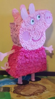 Peppg Pig Pinata Party like Peppa Pig with these 21 fabulous Peppa Pig birthday party ideas. You can create a festive atmosphere with great decoration ideas, including free Peppa Pig party printables, an idea for a Peppa Pig Birthday Pinata, Pinata Party, 4th Birthday Parties, Birthday Party Decorations, Peppa Pig Birthday Outfit, Birthday Ideas, Peppa Pig Pinata, Peppa Pig Party Games, George Pig Party