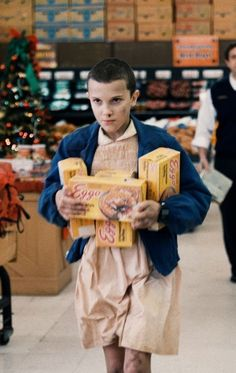 Warning: major Stranger Things spoilers up ahead! Stranger Things is one of those shows that will make you laugh, cry, and feel every kind of emotion in Stranger Things Spoilers, Serie Stranger Things, Stranger Things Aesthetic, Stranger Things Netflix, Stranger Things Season, Will Stranger Things, Baby Crush, Don T Lie, Millie Bobby Brown