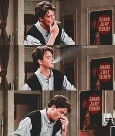 -Friends Friends Outfits Friends Best Picture For monica geller outfits red For Your Taste You a Chandler Friends, Friends Cast, Friends Moments, Friends Series, Friends Tv Show, Ross Friends, Chandler Bing, Ross Geller, Crush Humor