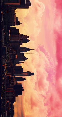 Find images and videos about pink, sky and wallpaper on We Heart It - the app to get lost in what you love. Wallpaper City, Wallpaper Backgrounds, Trendy Wallpaper, City Skyline Wallpaper, Sunset Wallpaper, Travel Wallpaper, Beautiful Wallpaper, Landscape Wallpaper, Wallpaper Lockscreen