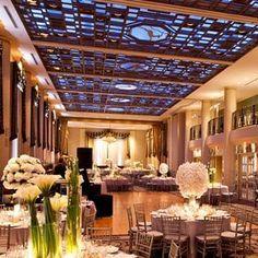 """""""Aqui é o lugar onde Gideon e Eva dançaram (e correu de Corinne) no Waldorf=Astoria jantar de caridade. Não é lindo?"""""""