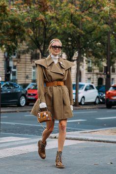 Street Style Trends, Best Street Style, Spring Street Style, Paris Fashion Week Street Style, Cool Street Fashion, Mode Outfits, Fashion Outfits, Fashion Trends, Milan Fashion