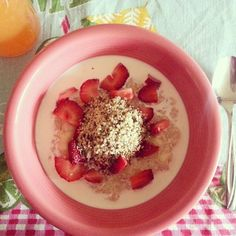 Breakfast... Quinoa Flakes, strawberries, Hemp seeds, cane syrup, and soy milk.
