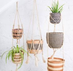 I've just found Jute Macrame Plant Hanger. These beautiful macame plant hangers are hand woven from jute plant. Sisal, Macrame Hanging Planter, Hanging Planters, Basket Weaving, Hand Weaving, Woven Baskets, Cortinas Boho, Jute Twine, Decoration