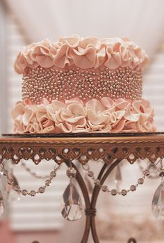 silver pearl and ruffle cake