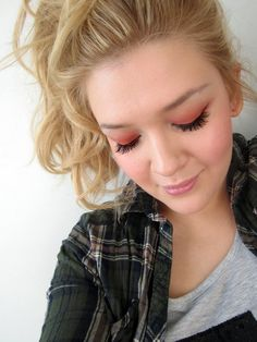 Peachy Spring Make up Video Tutorial by Saara Sarvas/Lily.fi