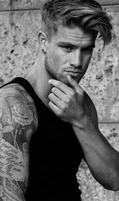 Ideas regarding excellent looking hair. Your own hair is certainly just what can certainly define you as a man or woman. To many individuals it is certainly important to have a very good hair do. Cool Haircuts, Haircuts For Men, Hot Men, Sexy Men, Medium Hair Styles, Long Hair Styles, Boy Face, Hair Reference, Boy Hairstyles