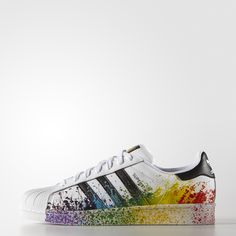 adidas Originals celebrates Pride 2015 with its vibrant LGBT Pride collection. These men's adidas Superstar shoes proudly display the rainbow with an eye-catching splatter print on the midsole and upper.