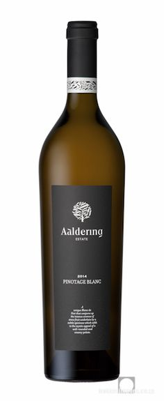 Wine Photography: Aaldering Pinotage blanc 2014. www.bakkesimages.co.za South African Wine, Wine Photography, Sauvignon Blanc, Wines, Red Wine, Alcoholic Drinks, Bottle, Rose, Glass