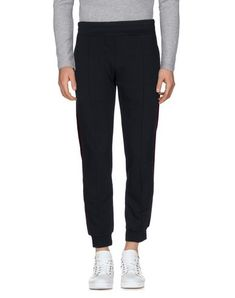ALEXANDER MCQUEEN Casual Pants. #alexandermcqueen #cloth #top #pant #coat #jacket #short #beachwear