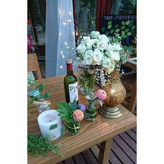 【xoxoxkikixoxox】さんのInstagramをピンしています。 《* *  お友達にフラワーアーティストがいます  私がせっせと集めた食品の瓶を素敵に変身させてくれました✨  お花のご用命はpoulpesympaのゆうこちゃんまで * *  #love#flowers#wedding#creativity#originality#ethicalwedding#newlyweds#forest#friends#fun#positive#neverstopexploring#liveauthentic#simplifying#naturelovers#slowliving#like4like#花#フラワーアーティスト#リサイクル#エシカルウェディング#ウェディング#エシカル#パーティ#poulpesympa#愛#花嫁#結婚式#森#シンプルライフ》