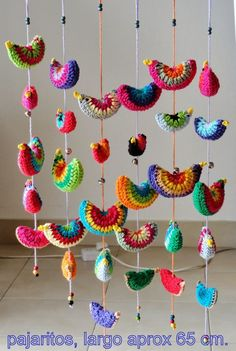 No pattern, but inspiration. Crochet circle of choice. Fold over and Crochet closure. Crochet or embroider on beak. Run crochet chain or other string through birds and bells to create hanging. Crochet Birds, Crochet Mandala, Crochet Art, Crochet Home, Love Crochet, Crochet Motif, Crochet Designs, Crochet Crafts, Crochet Flowers