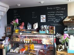 Onze lievelingswinkel op Terschelling: Lokaal. Om de hoek bij de boot.