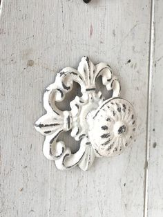 Merveilleux Shabby Chic Knobs White Shabby Chic Dresser Knobs By Honeywoodhome