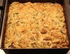 Eenvoudig taartje gevuld met aardperen en champignons. En peterselie. Koud, de volgende dag, nog lekkerder!
