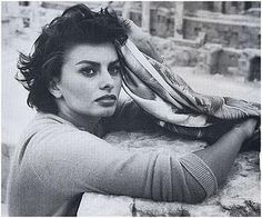 Sophia Loren ~ I think she's one of the most beautiful women on earth. #sophialoren