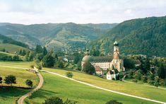 25 Secret European Villages