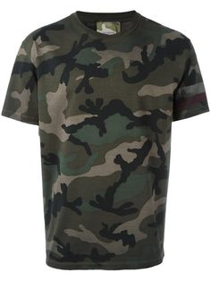 Valentino Camouflage-print Cotton-jersey T-shirt In Tonal-green Valentino Camouflage, Gentlemen Wear, Army Shirts, Cheap Jeans, Camisa Polo, Fasion, Fashion Outfits, Mens Tees, Printed Cotton