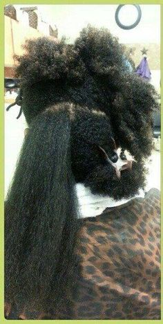 Yes shrinkage is real and if you don't accept it a major pain in the butt ;) Natural Hair Types, Pelo Natural, Natural Hair Growth, Natural Hair Journey, Hair Shrinkage, Pelo Afro, Long Black Hair, Natural Hair Inspiration, Dream Hair