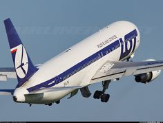 LOT - Polish Airlines / Polskie Linie Lotnicze SP-LPA Boeing 767-35D/ER aircraft picture
