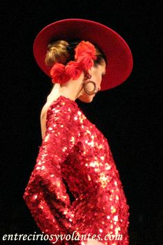 Sombrero e flores. Spanish Fashion, Spanish Style, Next Clothes, Doll Clothes, Flamenco Dancers, Hacienda Style, Jolie Photo, Turbans, Claude Monet