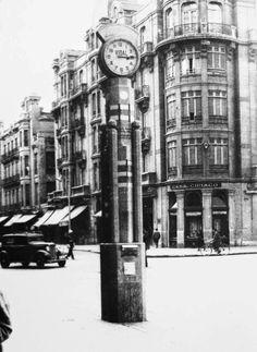 León, fotos antiguas, plaza de santo Domingo esquina con avda de Ordoño ll.