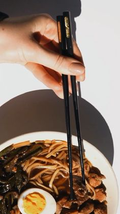 How to Eat with Chinese Chopsticks