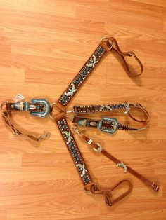 Bling belt style pistols horse tack set by BlingHorseTackAndMor, $345.00