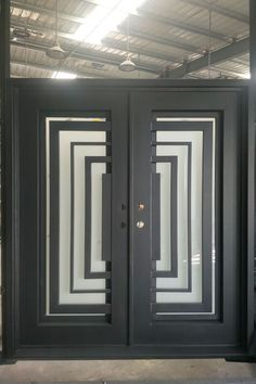 Mediterranean, Tuscany, Custom, French, and European Style Iron Doors. Custom Made Iron Doors in Los Angeles. Wrought Iron Decor, Front Door Design, Iron Doors, Steel Doors, Single Doors, Entry Doors, Windows And Doors, Modern Design, Decoration