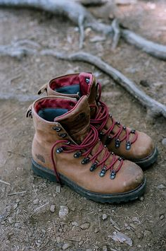 When I first started hiking many many years ago, these boots were almost the pair I wore for 15 years. Loved those boots and hated to have to part with them.