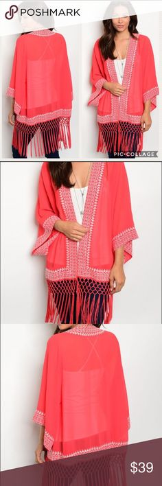 🔹COMING SOON🔹 Red & White detail Fringe Kimono 🔹COMING SOON🔹 100% Polyester Kimono... Perfect for Summer! Super cute and easy to wear over just about anything. Gorgeous detail 💓 Will post measurements once in stock. Tops