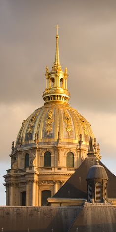 Les Invalides - site for Musee de L'Armee; ticket price includes the museum, the Dome Church, Napoleon I's tomb, Charles De Gaulle Monument, and 2 other museums
