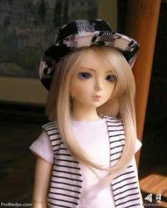 Amazing Alone Cute Little Doll Girl Innocent Brunette Barbie 9Images Hairstyles For Women Draintrainus