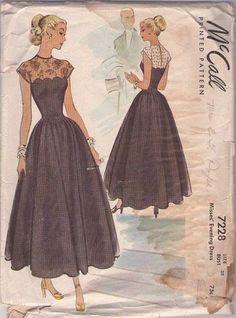 Vintage Original McCall Evening Dress Pattern No. 1950s Fashion, Vintage Fashion, Classic Fashion, Evening Dress Patterns, Evening Dresses, Mccalls Sewing Patterns, Vintage Sewing Patterns, Vintage Glam, Pattern Fashion