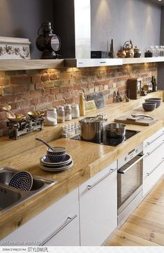 Interior Design: Awesome Brick Backsplash With Open Kitchen Shelving And Wooden Flooring Also Oven Stove For Modern Kitchen Design Ideas Rustic Kitchen, New Kitchen, Kitchen Decor, Kitchen Brick, Kitchen Ideas, Kitchen Inspiration, Country Kitchen, Kitchen Dining, Dining Room